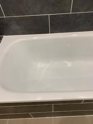 éclat sur baignoire réparé